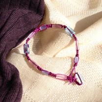 アトラスビーズのマクラメ編みブレス