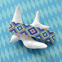 デリカビーズ織りのバレッタ(幾何学模様)