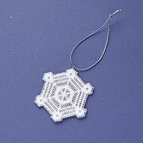 シェイプドステッチで作る雪の結晶オーナメントNo.4