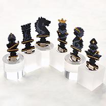 シェイプドステッチで作るチェスのコマ